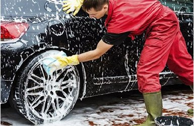 Thiết bị hút và dung dịch rửa xe