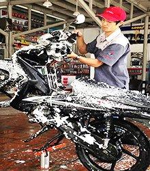 Thiết bị nâng hạ xe máy